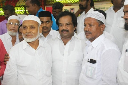 Iftar party celebrated by Anbalagan